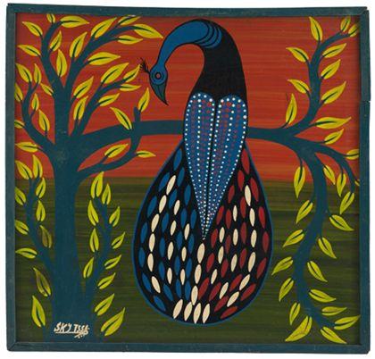 Quadrat- oder Tingatingabild, das einen auf einem Baum sitzenden Vogel zeigt.