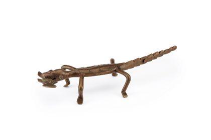 Figure Crocodile avec proie