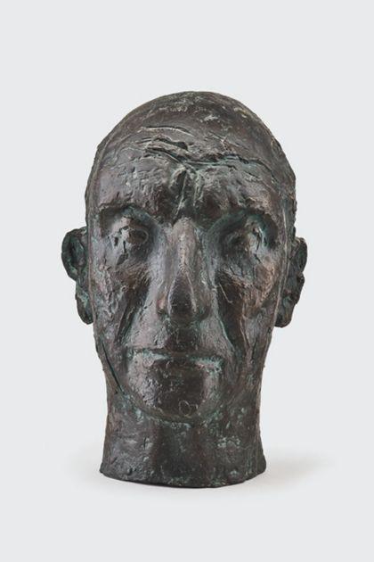 Bronzekopf eines alten Mannes mit zerfurchter Stirn, Vorderansicht
