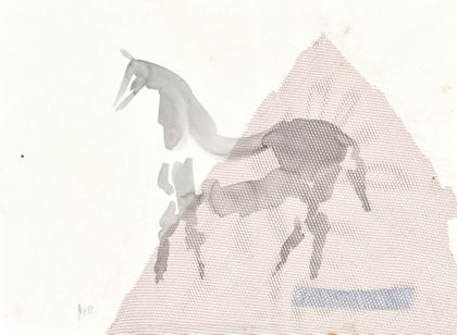 Aquarell mit Umrisszeichnung eines Pferdes nach links vor dreieckiger Form