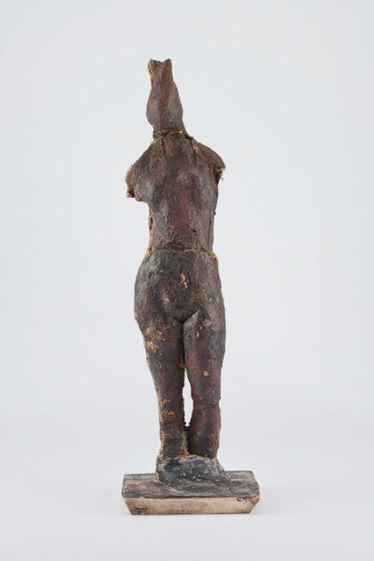 Bronzefigur eines stehenden weiblichen armlosen Aktes, Vorderansicht
