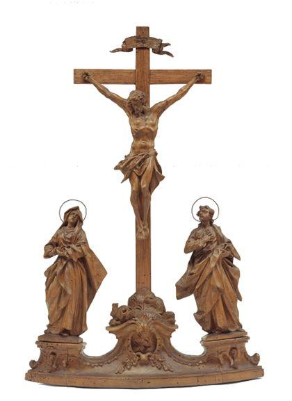 Kruzifix mit Maria und dem Apostel Johannes.
