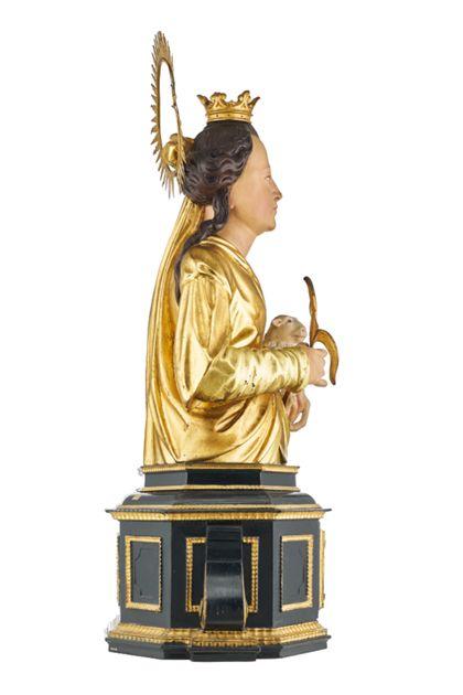 Büste der Heiligen Agnes für die Freiburger Zunft der Gerber, Seitenansicht von links.