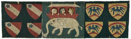 Der Bildteppich zeigt auf der Vorderseite auf drei Feldern links das Wappen der von Munzingen, rechts das Wappen der von Falkenstein und in der Mitte auf einem Elefanten Alexander der Große zu Gast im Palast der indischen Königin Kandace.